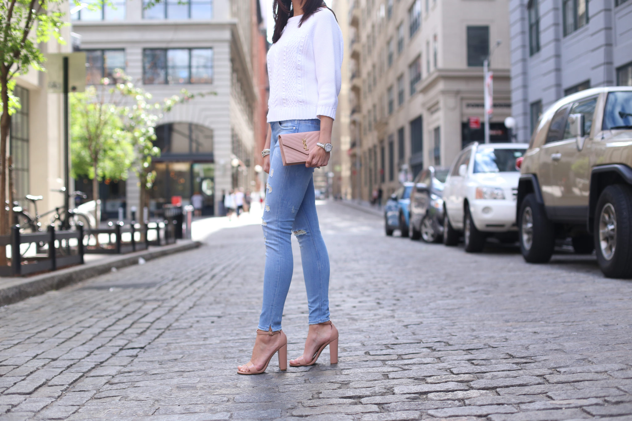 Skinny Jeans, Blush Sandals in NYC