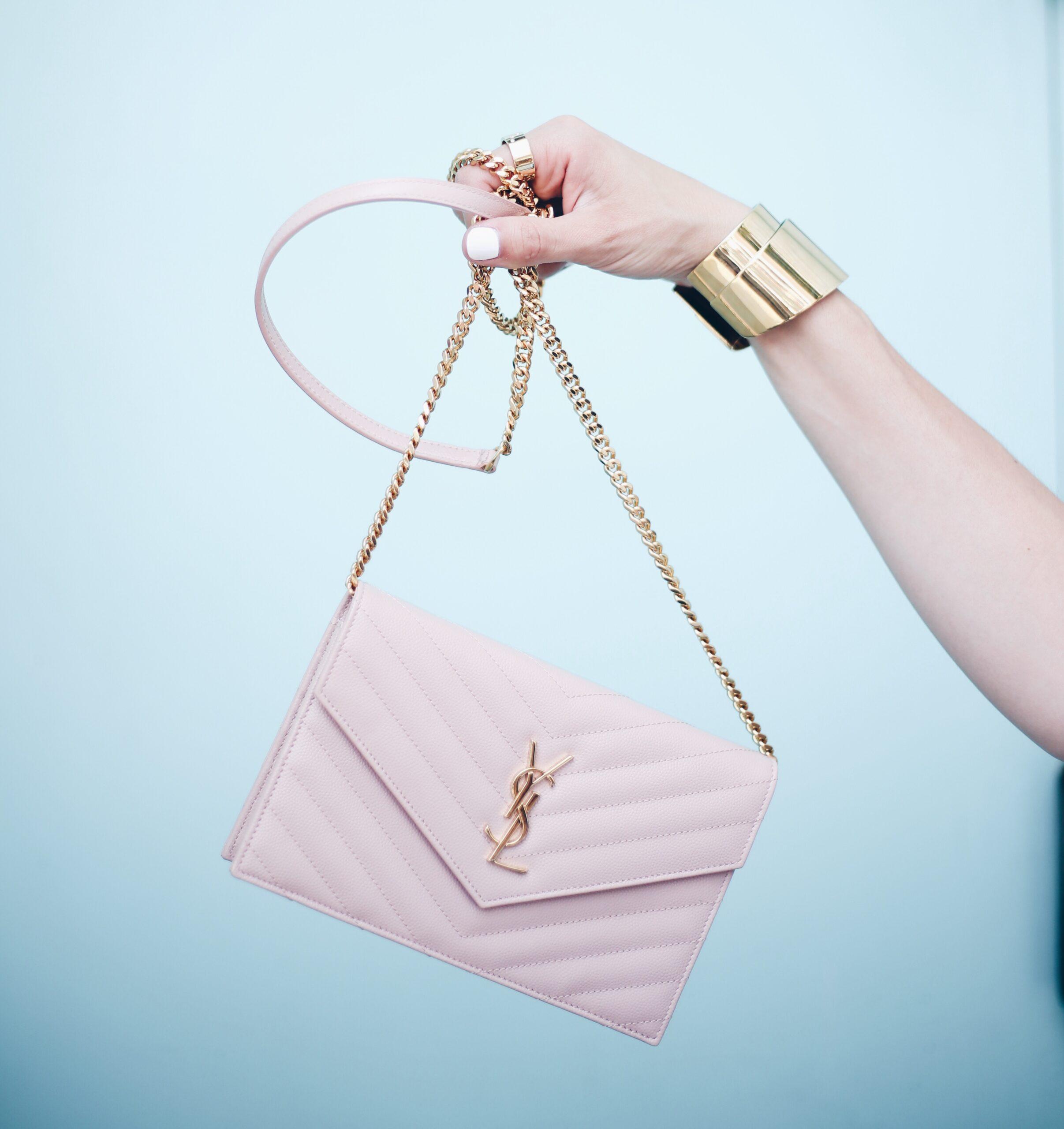 Amazing Handbag Sales