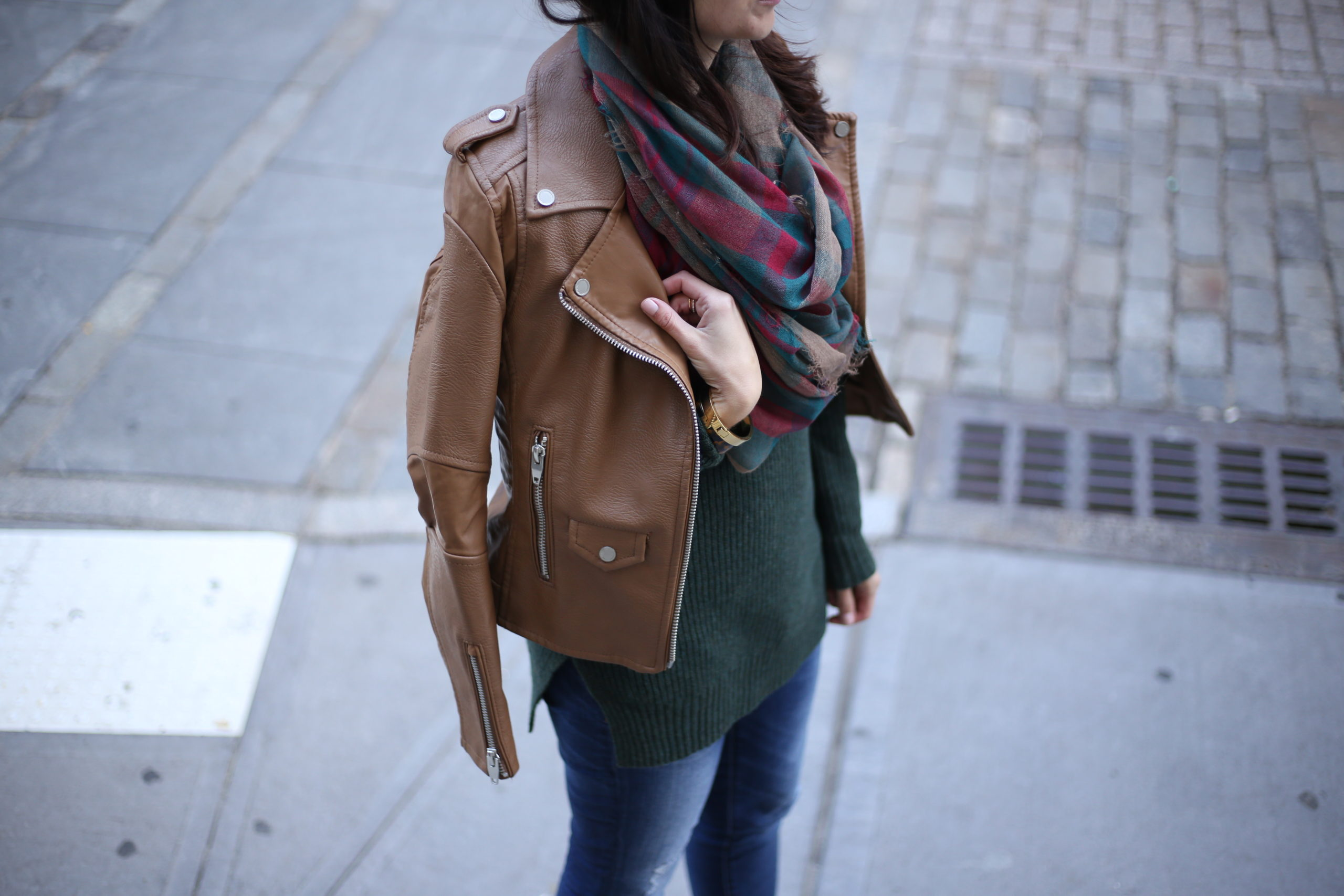 Casual Fall Look: Mock Neck Sweater & Suede Booties