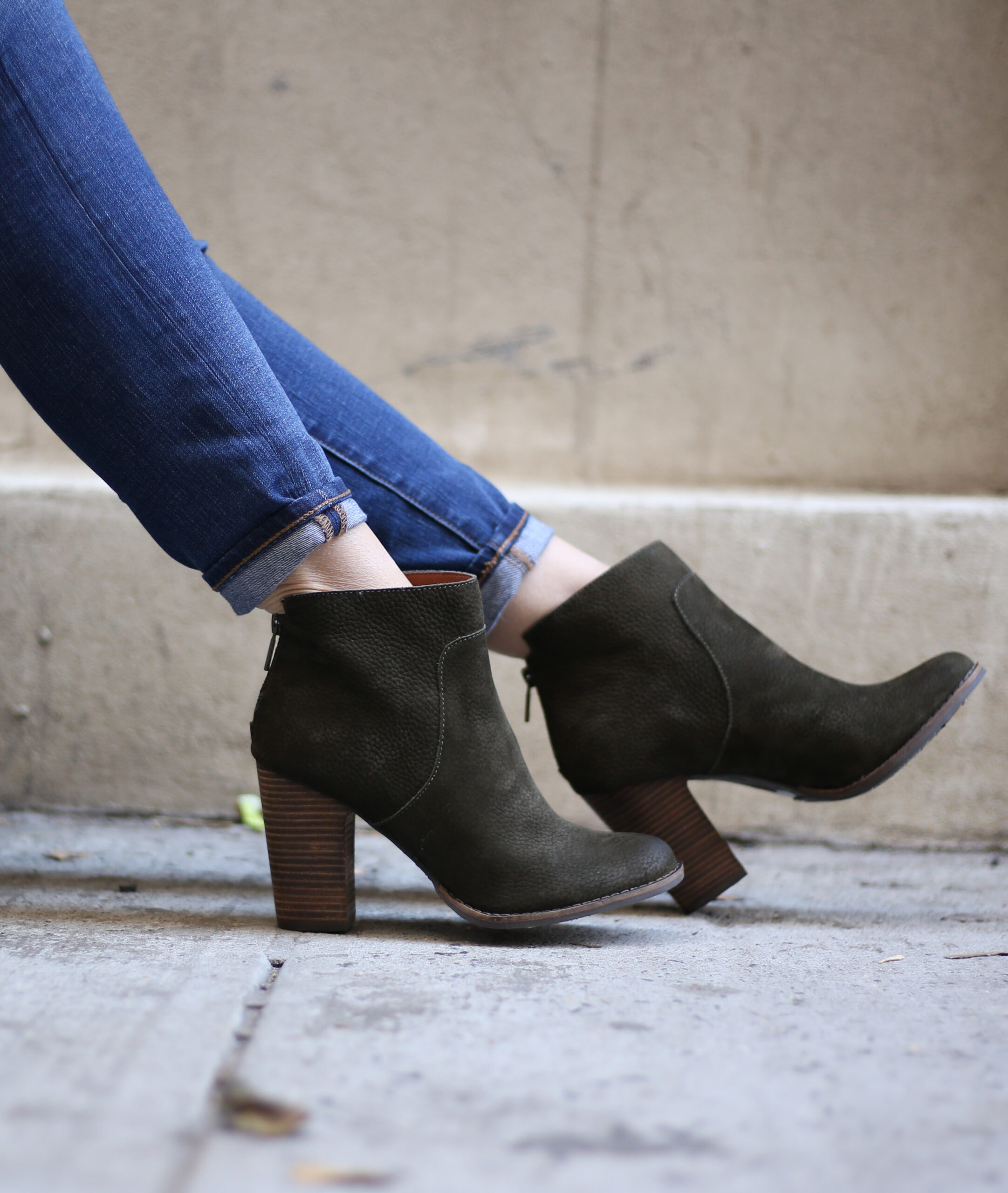 anna monterio of blushing rose style wearing Lucky brand booties