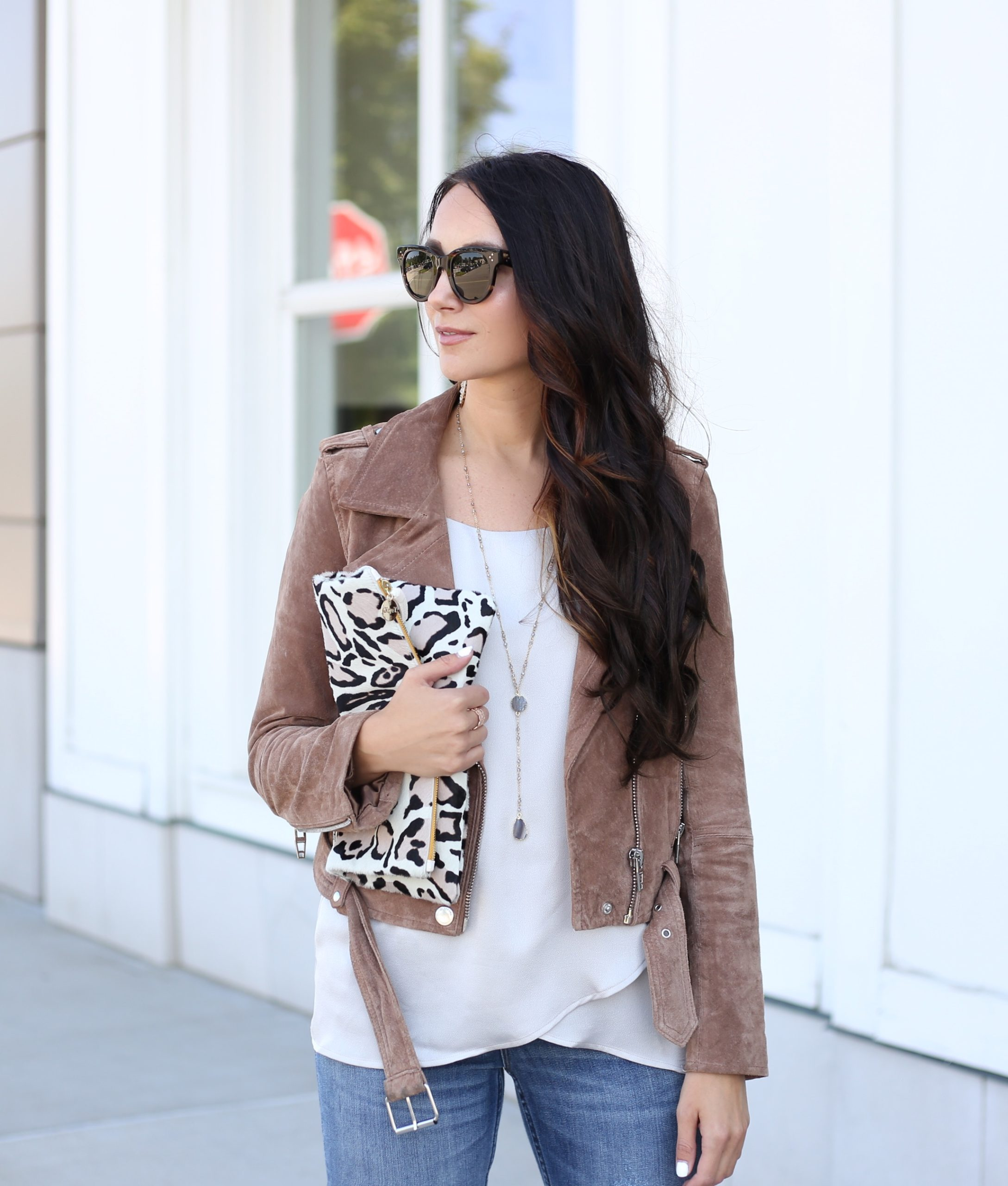 blogger Anna Monteiro of Blushing ROse STyle blog wearing free people saturday morning cardigan from nordstrom and steve madden carrson sandals from nordstrom in fall wardrobe update