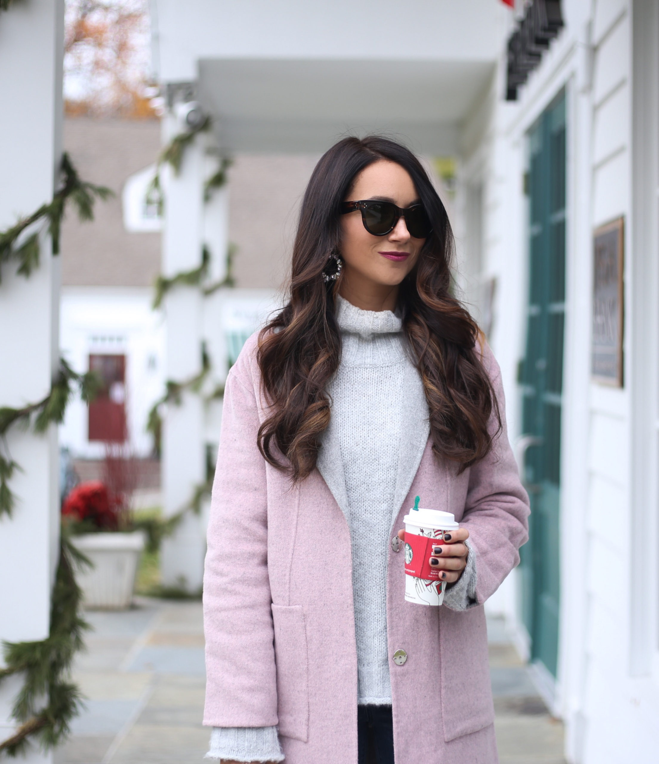 fashion blogger anna monteiro of blushing rose style wearing pink and grey color combo to try, pink and grey winter coat and grey mock neck sweter