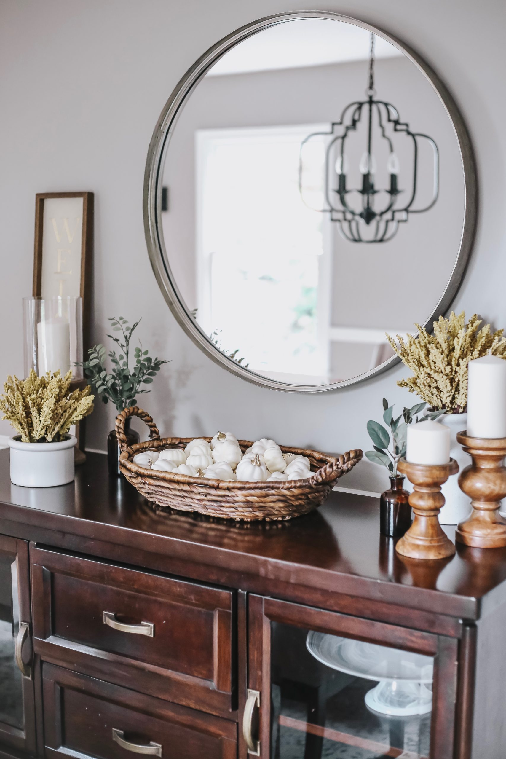 Dining Room Makeover Just in Time For the Holidays