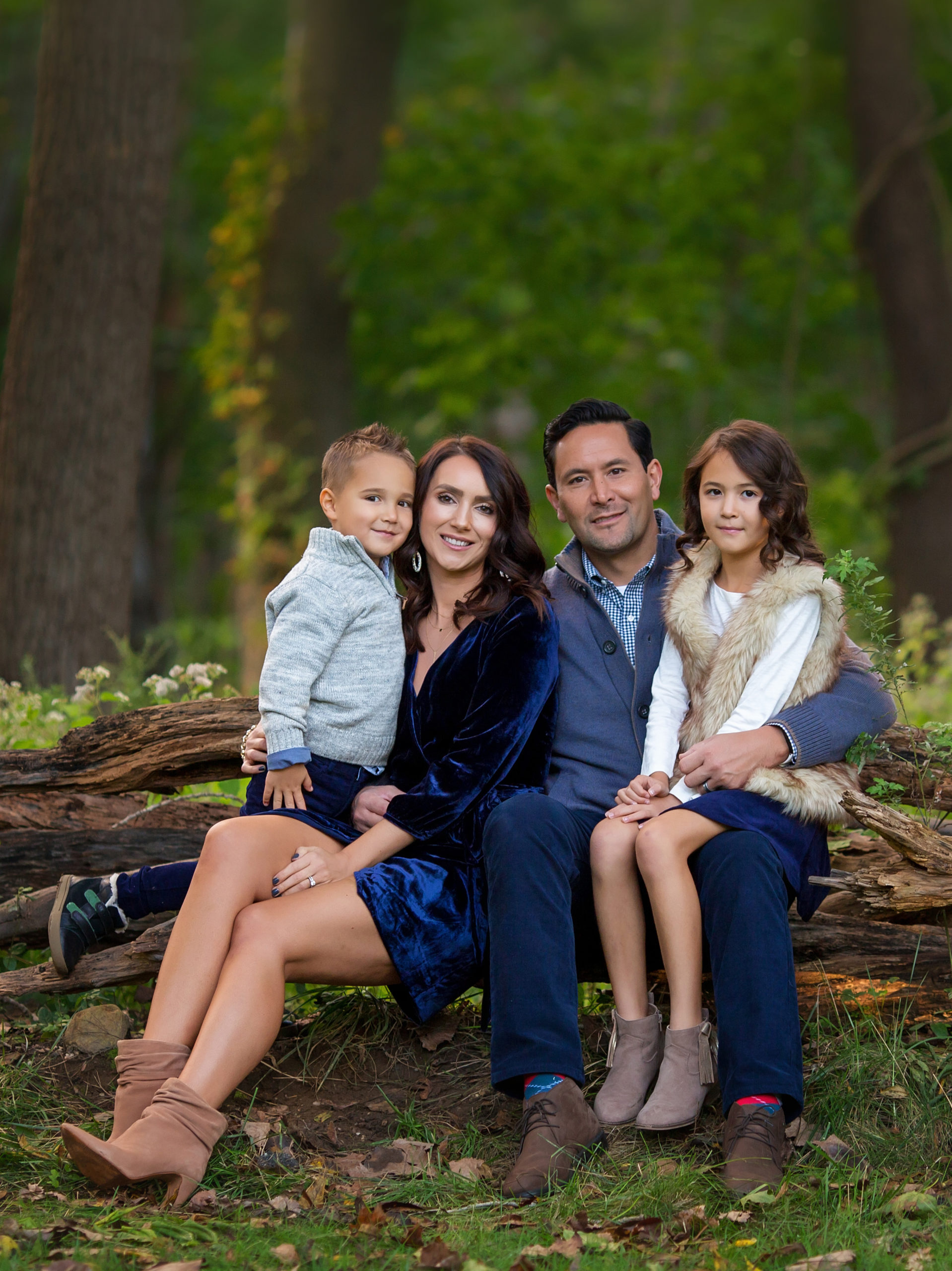 Tips for Family Pictures with Little Kids