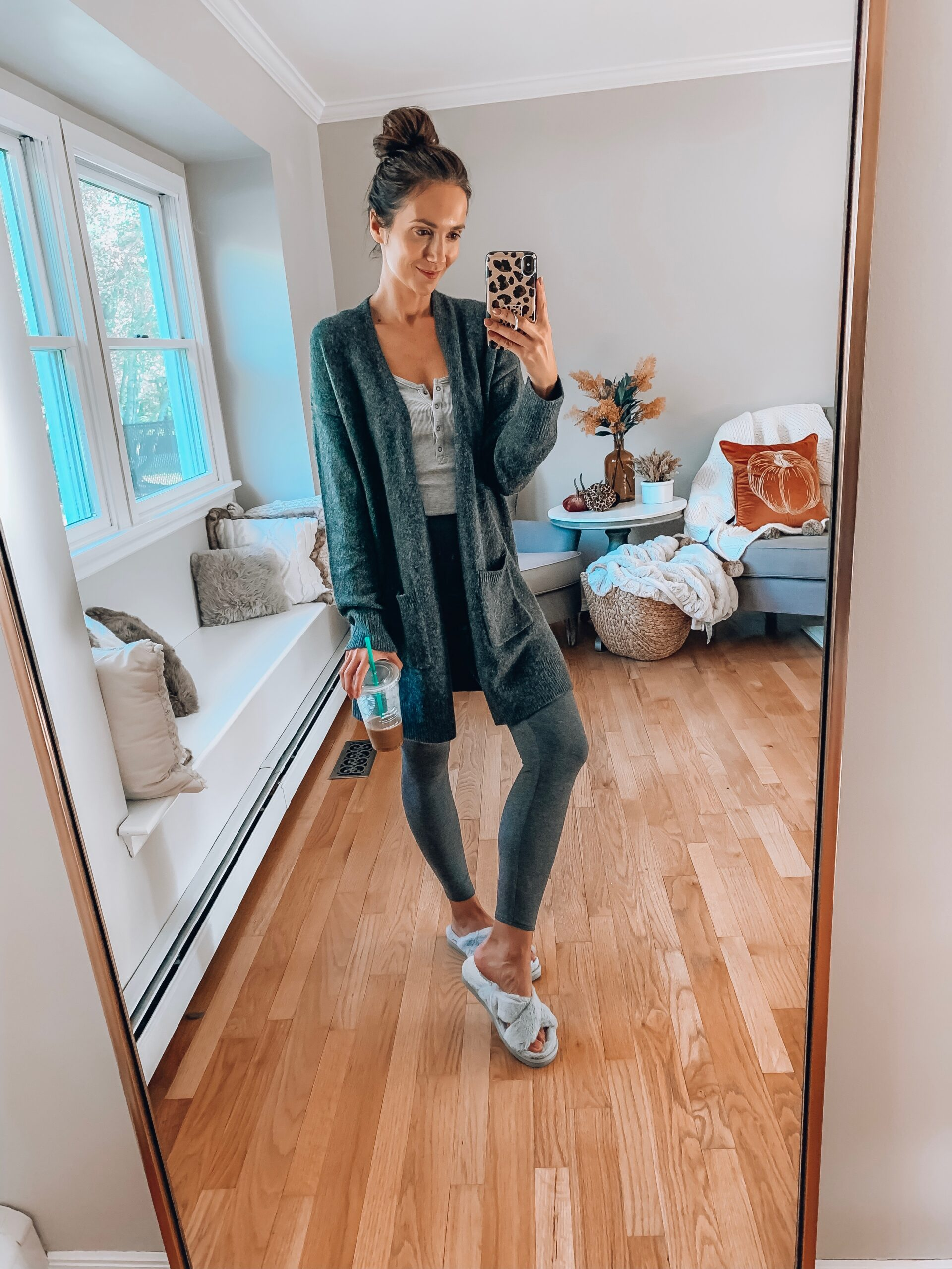COZY LOUNGEWEAR, LEGGINGS, OUTFITS WITH LEGGINGS