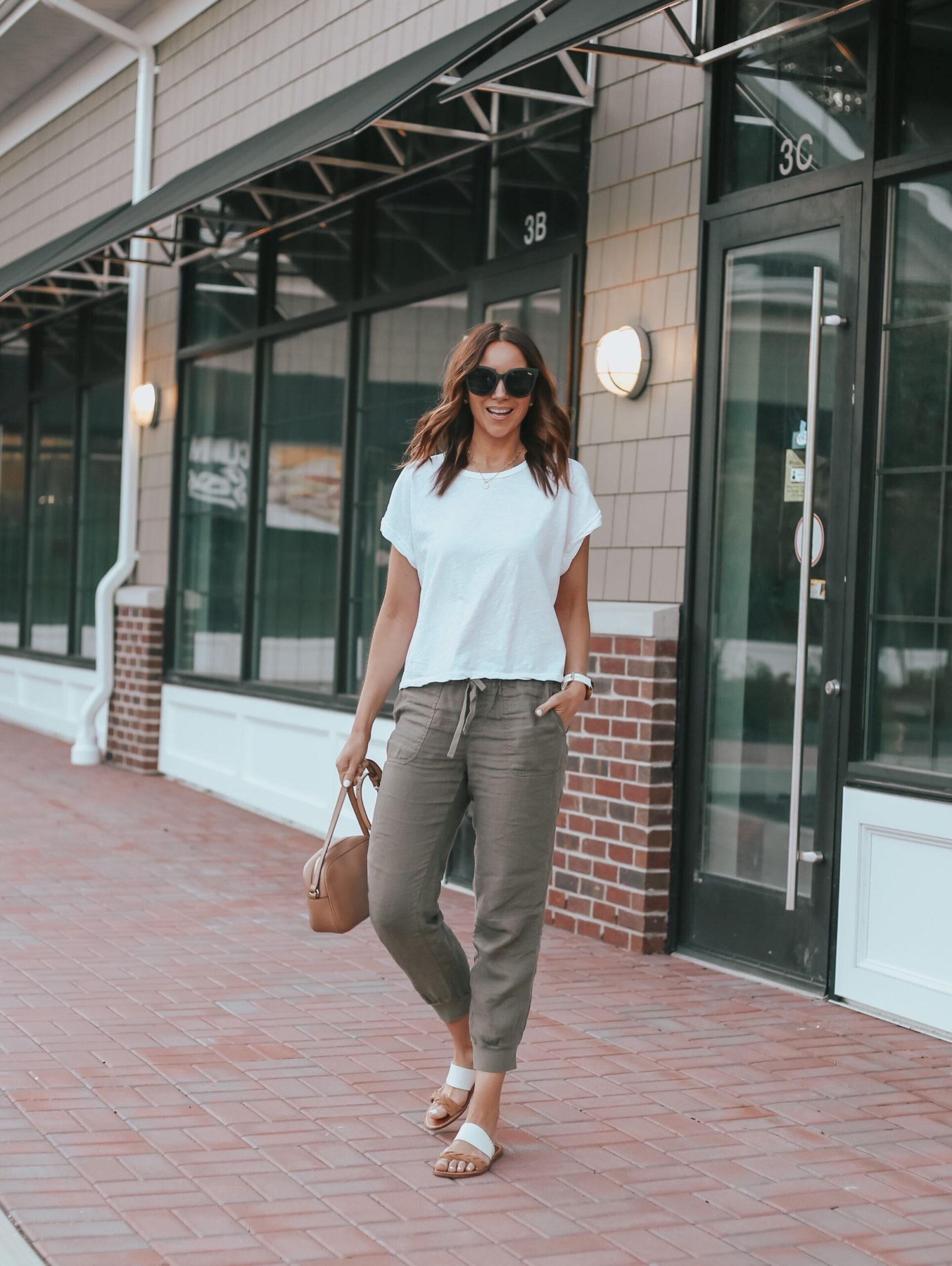 joggers, white tee, casual style