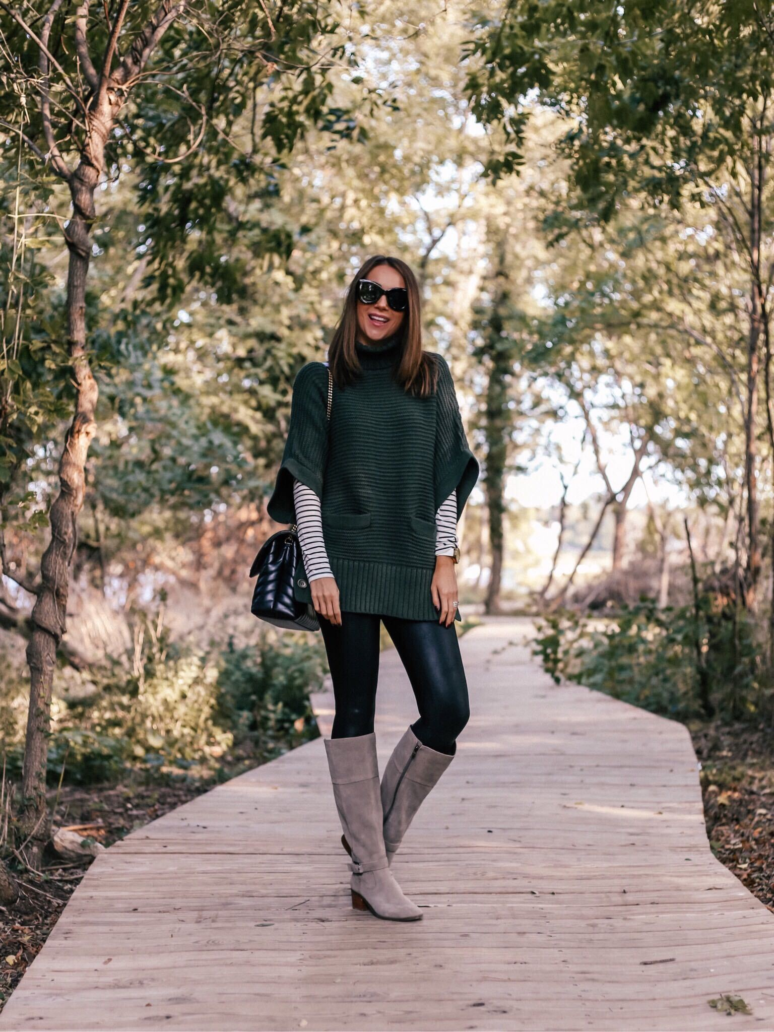 styling sweater poncho, fall outfit idea