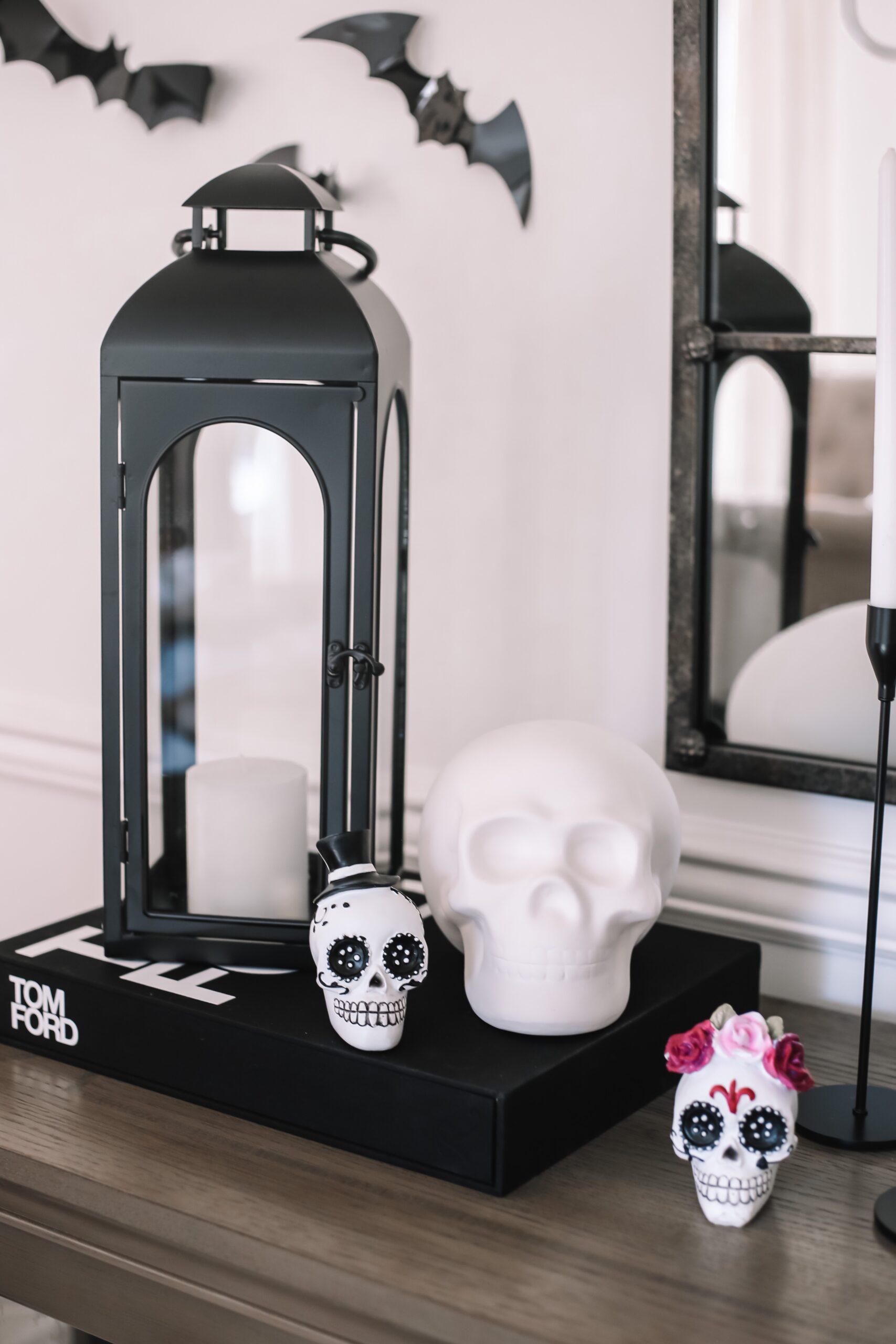 halloween dining room decr
