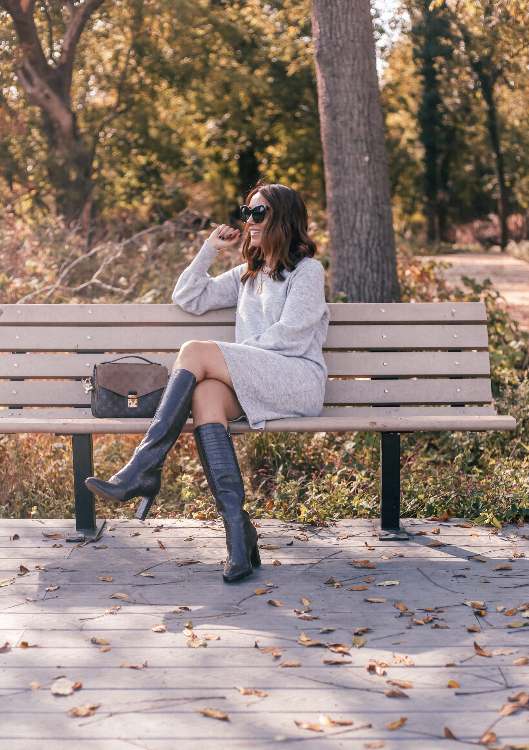 sweater dress,knee high boots