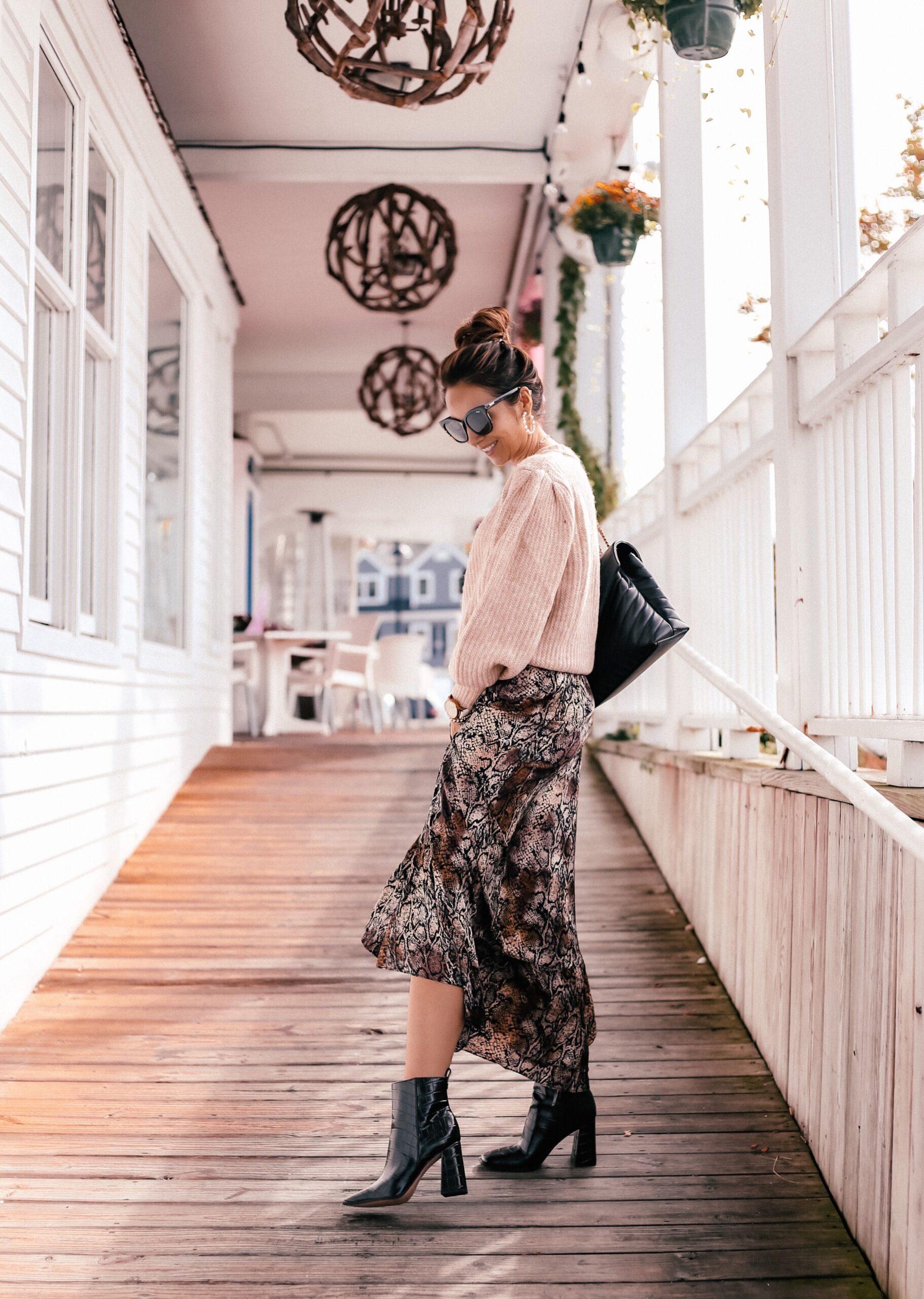 walmart finds, walmart fashion, snakeskin skirt