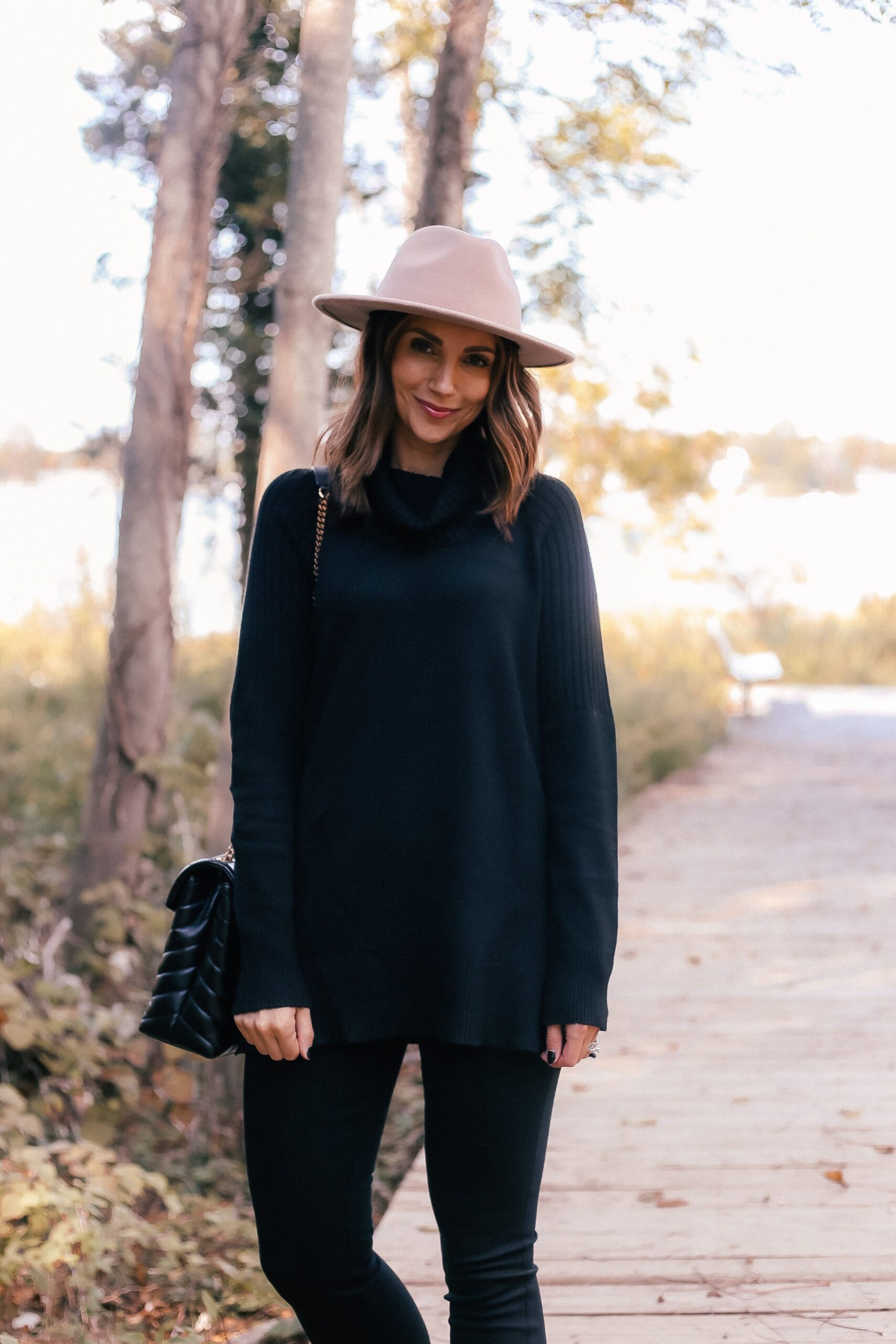 walmart black sweater,walmart hat, fall affordable outfit