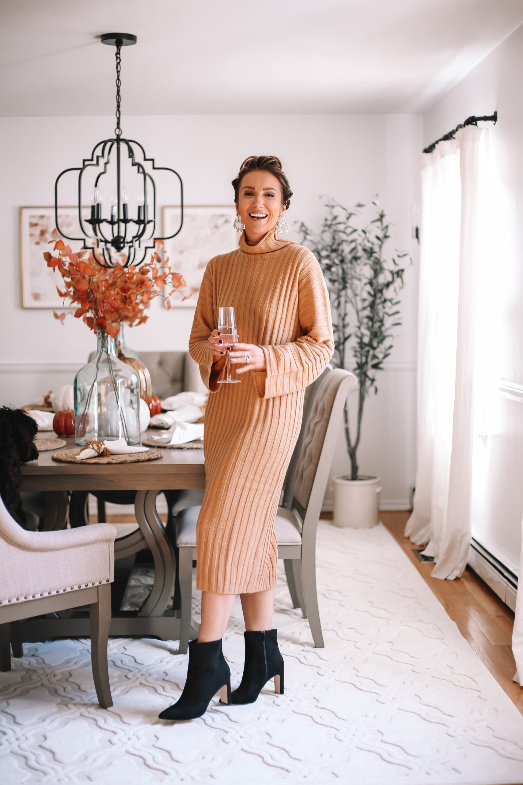 sweater dress, fall outfit idea, thanksgiving outfit idea
