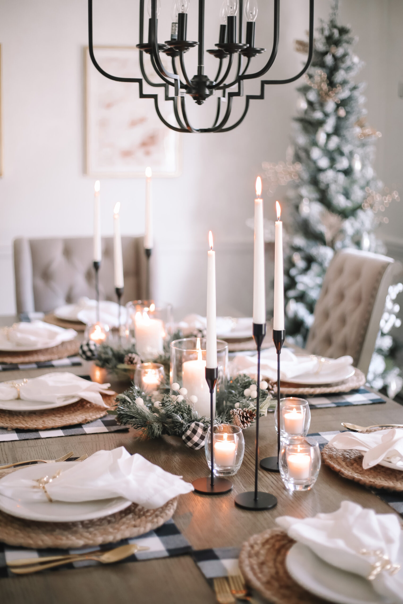 Holidays At Home – Setting A Winter Tablescape