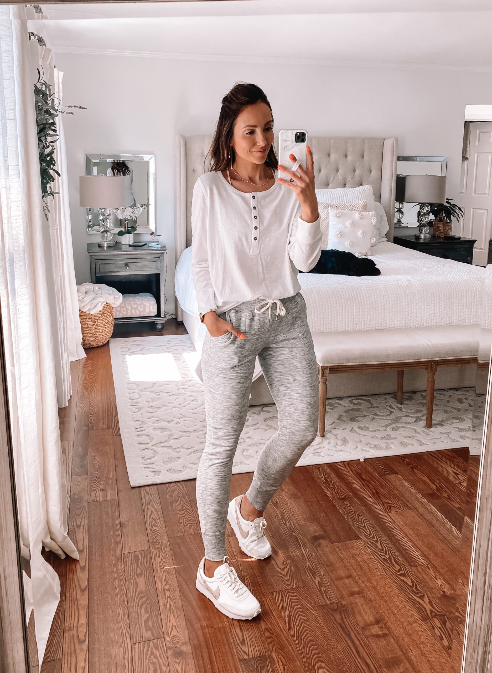 athleisure outfit, grey joggers