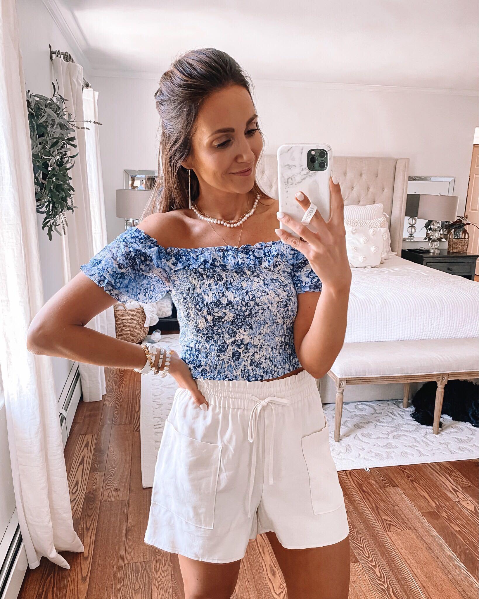 epress top and shorts