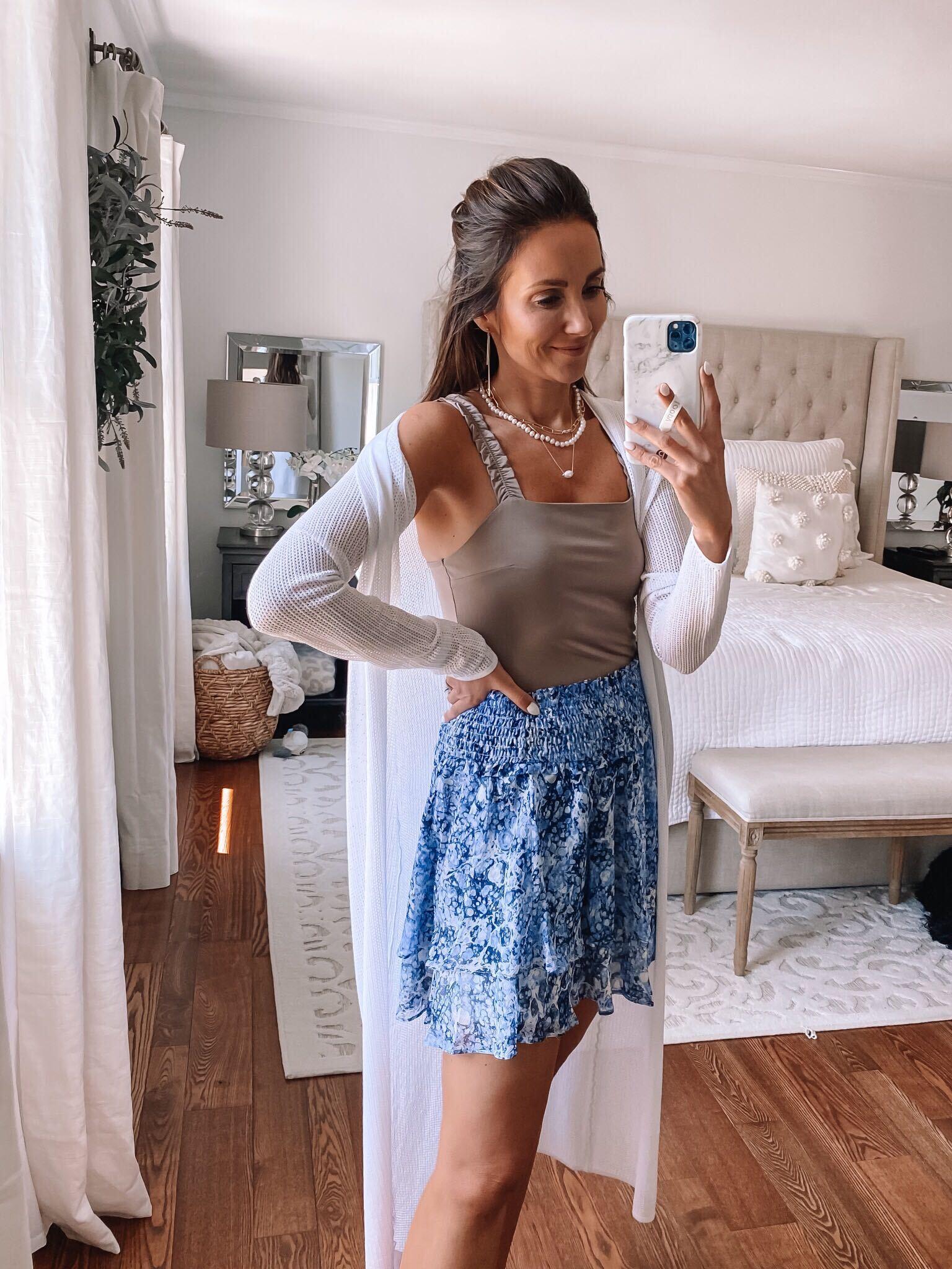 express shorts and top