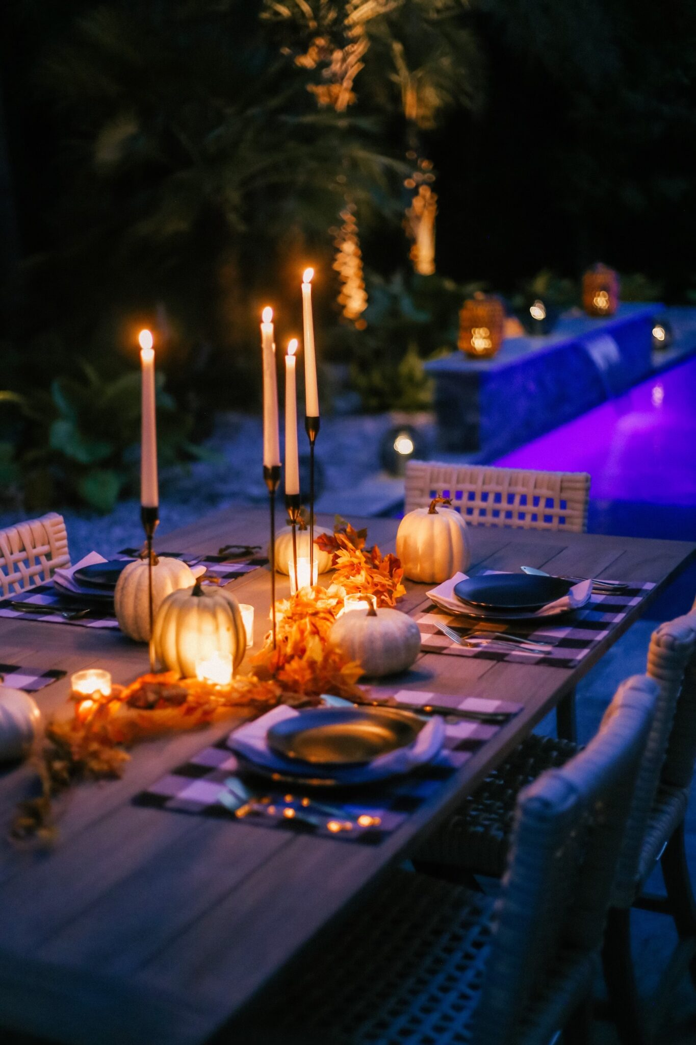 My Outdoor Fall Tablescape