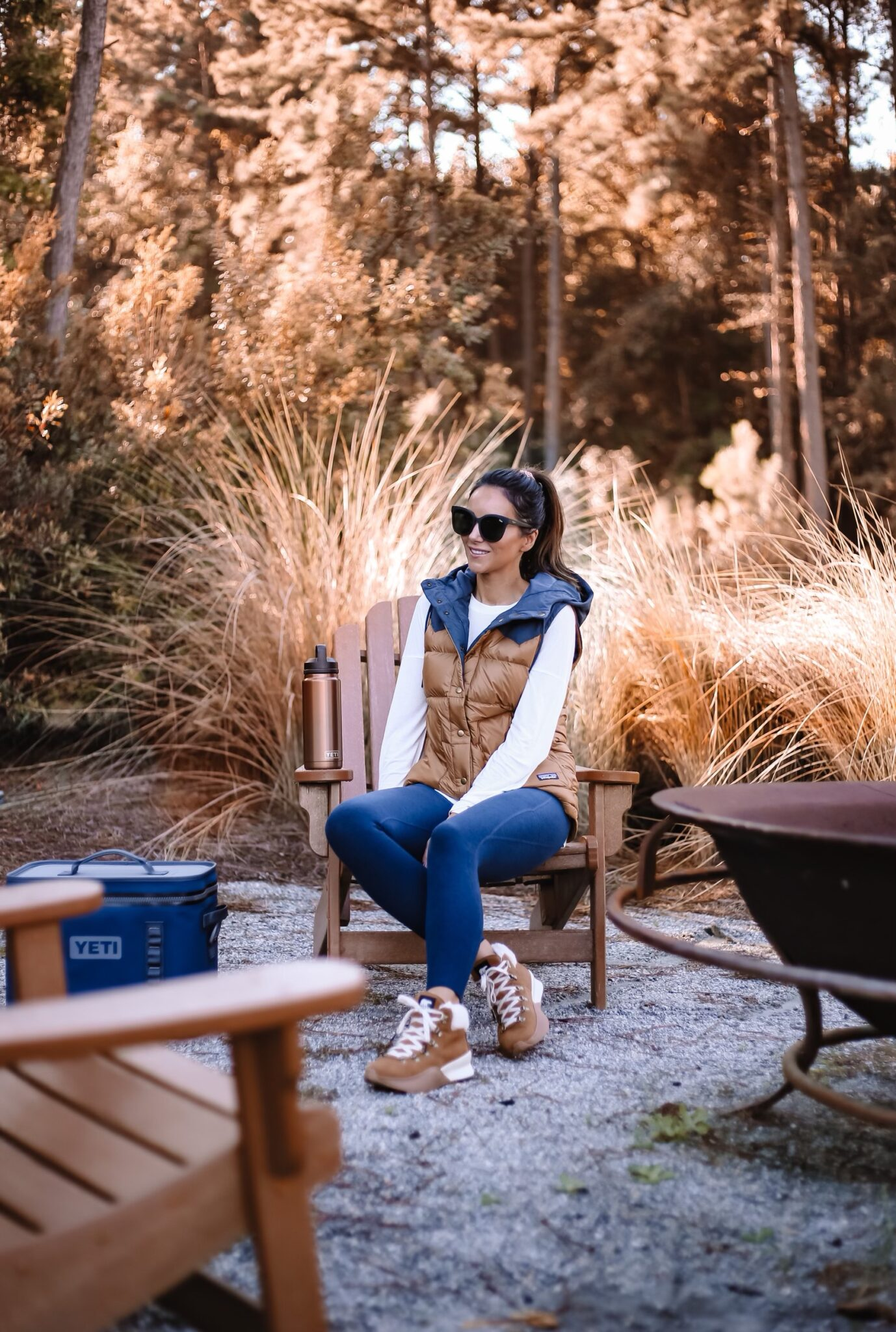 patagonia vest, sorel boots, backcoutry